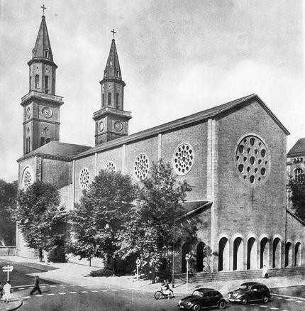Ludwigshafen mundenheim kirche katholische Pfarrei St.